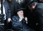 """הלווית הרבנית מספינקא ב""""ב ע""""ה"""