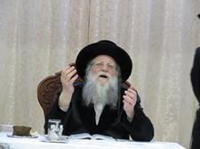 טיש יארצייט ל'דברי ישראל' במודז'יץ