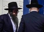 הרב פינטו עם כניסתו לכלא לפני כשנה, צילום: תומר נויברג, פלאש90