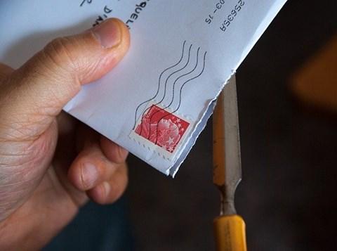 מעטפה בדואר