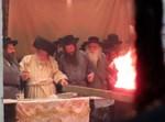 שריפת הפתילות בתולדות אברהם יצחק
