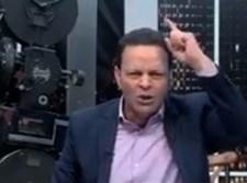 """המגיש השתולל בשידור חי: """"חזירים, נתניהו מגעיל"""""""