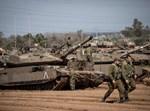 """טנקים של צה""""ל בגבול עזה"""