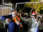 חגיגות בטבריה על הדחת רון רובי