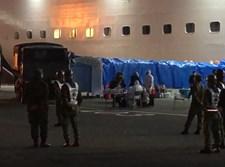 הישראלים מפונים מהספינה