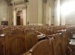 """הפרדה בין כסא לכסא בביהכנ""""ס ברומא"""