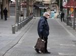 קשיש מתמגן מקורונה בירושלים