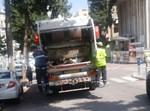משאית האשפה הבוקר ברחוב יהושע