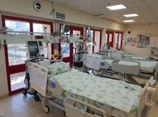 מיטות אשפוז בבית חולים