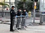 שוטרים ומחסומים בכניסה לבני ברק