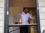 ר' יעקב משה שרייבר בלחיים מחלון ביתו