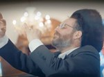 הזמר והיוצר אהרן רזאל