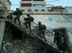"""חיילי צה""""ל בעקבות המחבל מכפר יעבד"""