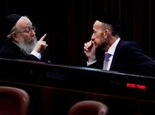 יעקב ליצמן ואורי מקלב במליאה