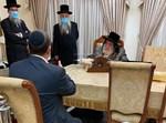השר יולי אדלשטיין בביקור אצל הרבי מויז'ניץ