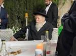הגאון רבי אברהם יהושע הערב בשמחת האירוסין