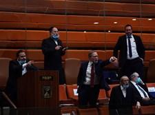 חברי הכנסת החרדים בהצבעה