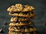 עוגיות גרנולה ופיצוחים עם שוקולד צ'יפס