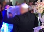 בטקס החתונה