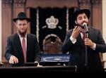 הזמר אליסף חפץ והקלידן יוסף יצחק זולדן