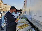 ראש עיריית ירושלים משה ליאון בדוכן ארבעת המינים במשאית