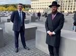 שר החוץ של האמירויות עם הרב טייכטל