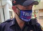 שוטר ממיאמי שעטה מסכה של טראמפ
