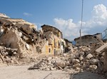 הרס בעקבות רעידת אדמה