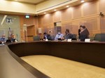 בוועדת החוקה