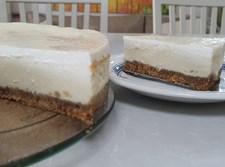 עוגת גבינה בחושה מצויינת