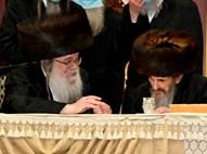 רבי משה ובר עם יבלחט''א הרבי מדאראג