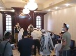 העלייה לתורה בבית הכנסת בדובאי