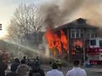 בית הכנסת עולה בלהבות