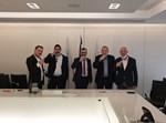 """רון חולדאי בחתימת ההסכם עם נציגי ש""""ס"""