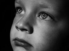 ילד עצוב