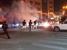 רימונים הושלכו לעבר אזרחים