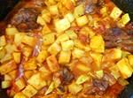 בשר / עוף עם עגבניות, קישואים ותפוח אדמה