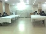 הרבנים עם הנציגים בפגישה