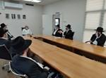 רבני בית ההוראה במפגש עם דוד יפרח