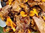 פרוסות בקר בפירות יבשים