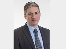 """יונה גרין- מנכ""""ל ושותף חברת התחדשות"""