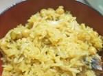 אורז עם פטריות, קישואים וחומוס בקדירה אחת
