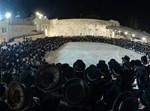 """הרבי מויז'ניץ בכותל באסרו חג פסח תשפ""""א"""