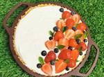 פאי מוס גבינה בקישוטי תותים מרהיבים