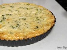 קיש גבינות בשילוב ברוקולי ובצל