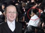 הילד יהושע אנגלרד ז''ל מימין מוקף בעיגול