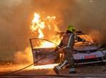 ניידת עולה באש בלוד