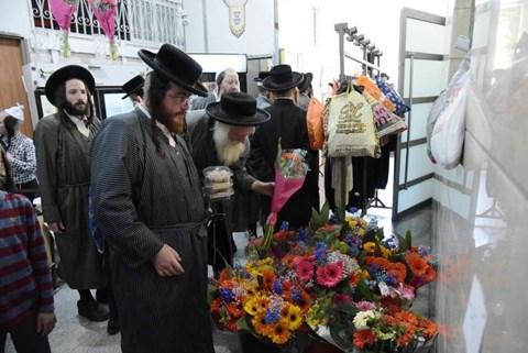 """הכנות לשבועות תשפ""""א בירושלים"""
