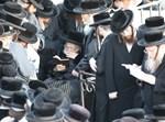 הרבי מתולדות אברהם יצחק בהר הזיתים