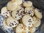 עוגיות חמאה בציפוי שוקולד והפתעות